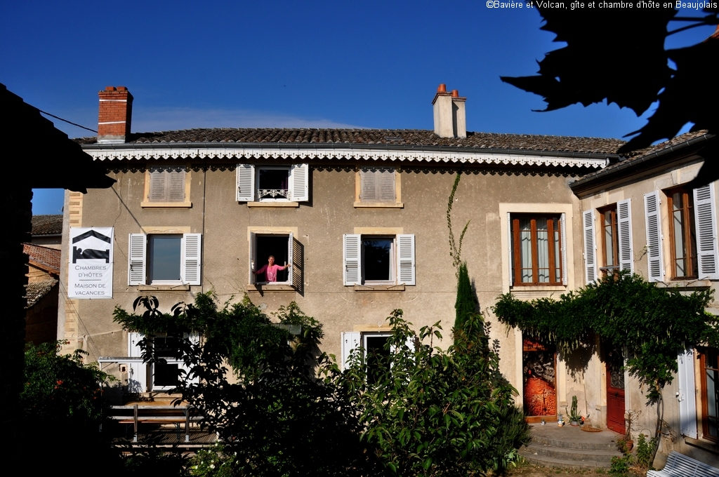 Character-beaujolais-cottage-self-catering-accomodation-Baviere-et-volcan (148)