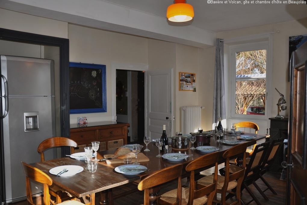 Bavière-et-volcan-en-Beaujolais-gîte-de-caractère-chambre-hôtes-charme-Maison-de-vacances 02