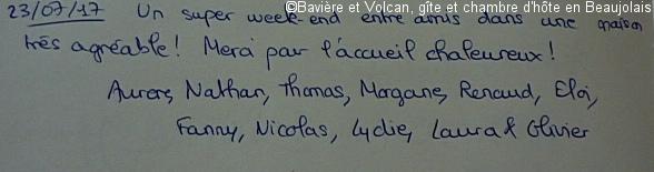 Avis-Bavière-et-volcan-en-Beaujolais-gîte-de-caractère-chambre-hôtes-charme (223)