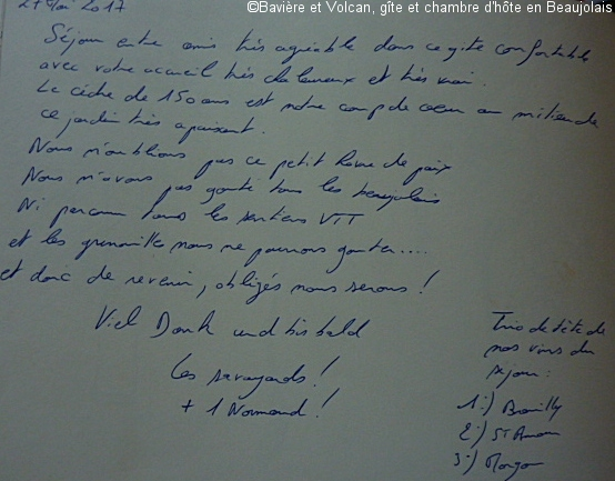 Avis-Bavière-et-volcan-en-Beaujolais-gîte-de-caractère-chambre-hôtes-charme (227)